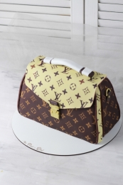 Торт-сумка Louis Vuitton